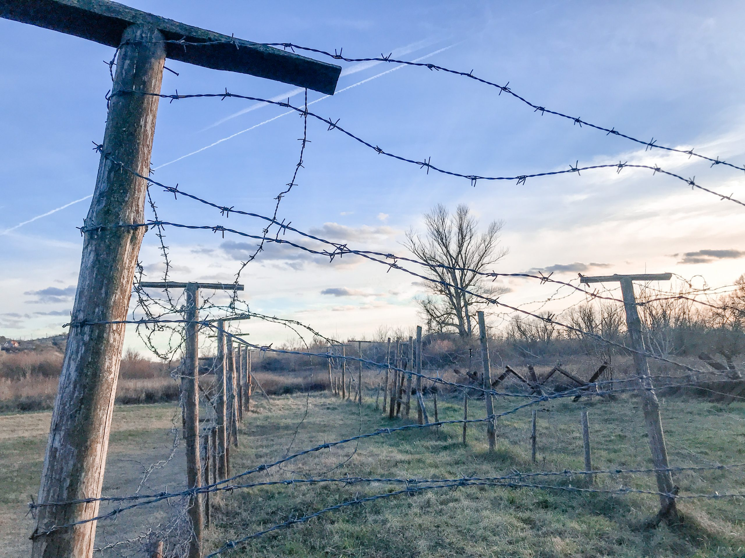 Neďaleko Cyklomostu Slobody - ostatý drôt aby sa nezabudlo...